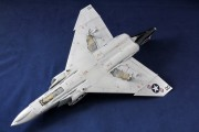 F-4 042