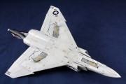 F-4 043